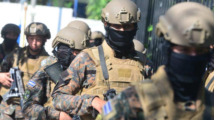 Militares-asamblea152