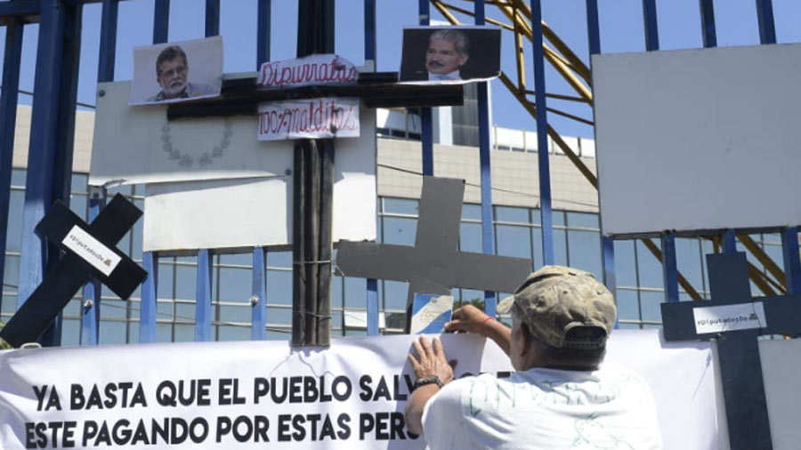 Protesta-Araujo-7