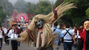 FOTOS: Estos son los personajes del desfile de correos que vamos a extrañar de las fiestas agostinas