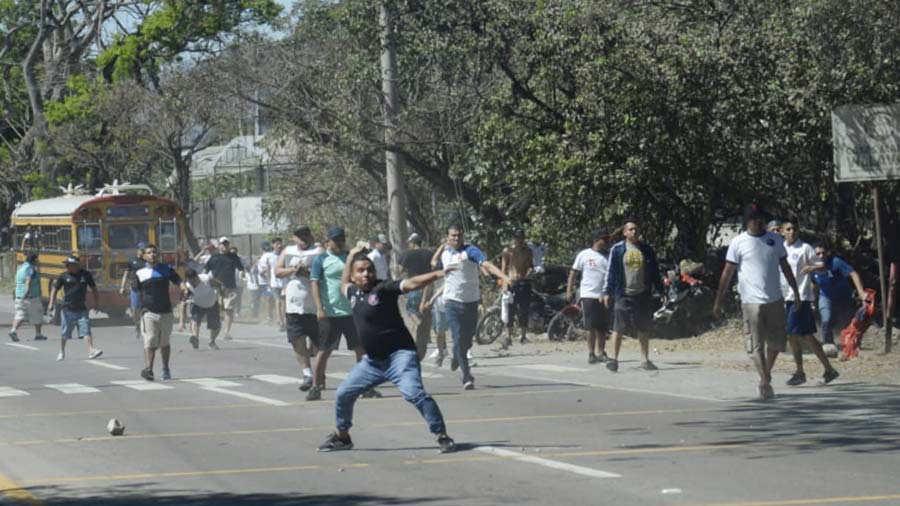disturbios-8