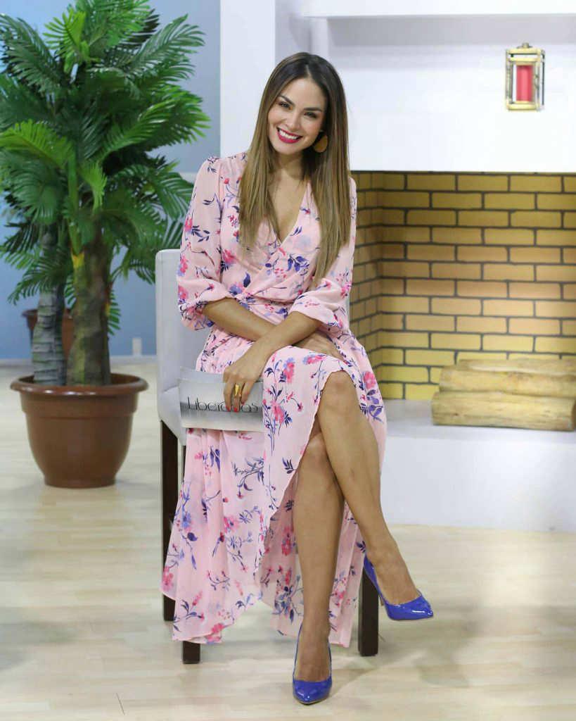 Paola Sifuentes. Presentadora de TV