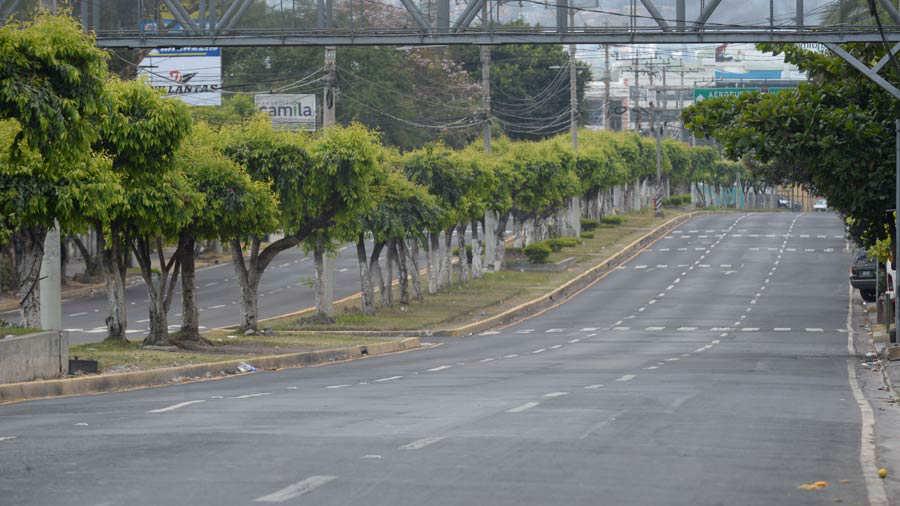 JO--Calles-solas-San-Salvador012
