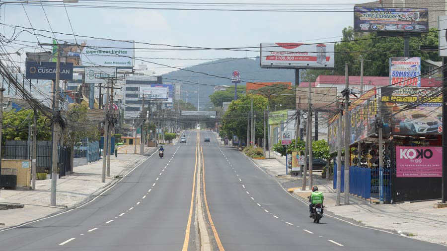 JO--Calles-solas-San-Salvador029