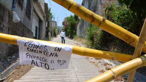 Habitantes de Santo Tomás colocan barricadas para protegerse ante falta de apoyo de Salud tras caso de COVID-19
