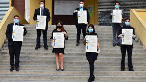 Estudiantes de la UES se gradúan en medio de pandemia por coronavirus de una forma diferente
