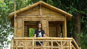 Un padre salvadoreño aprovechó la cuarentena para construirle una casa del árbol a su hija