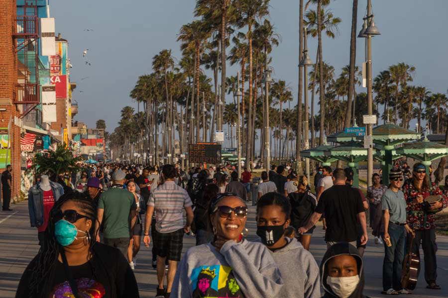US-HEALTH-VIRUS-BEACH-REOPEN