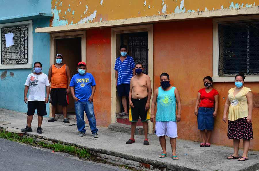 YH Mesones del barrio La Vega