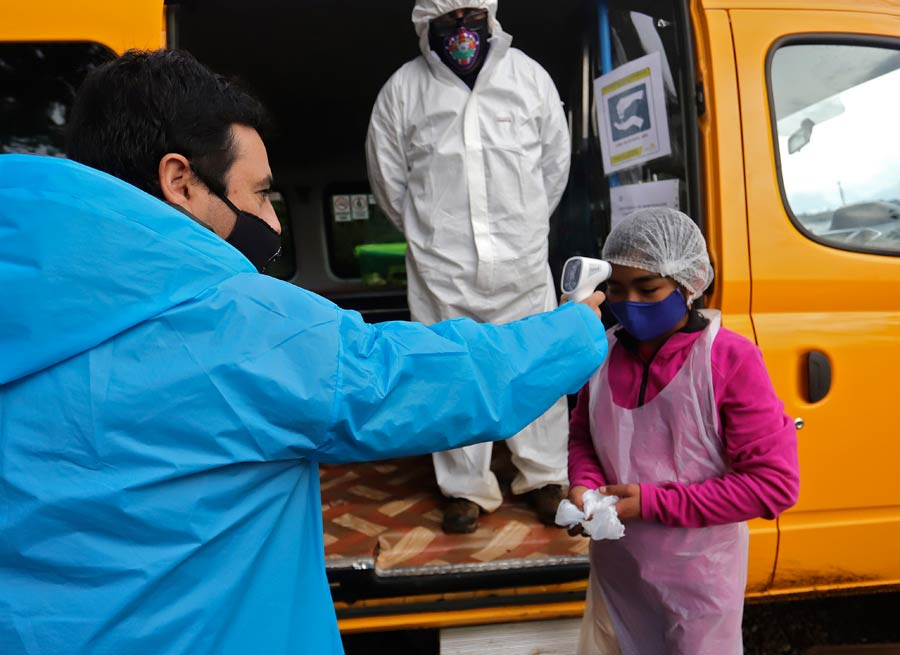 CHILE-HEALTH-VIRUS-EDUCATION