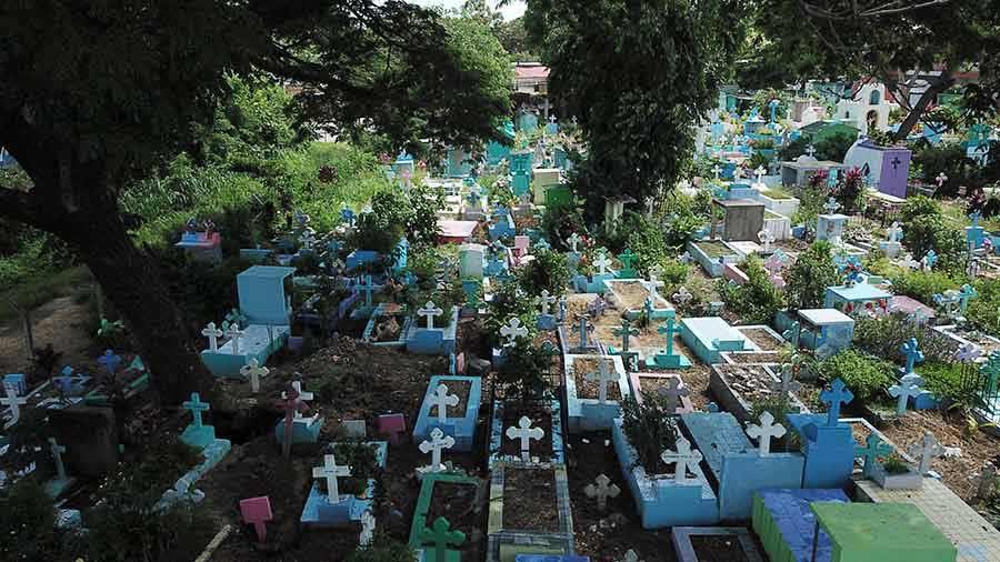 IlopangoEl Alcalde de Ilopango, Adán Perdomo, ha reportado que en el cementerio del municipio ya no hay espacio para enterrar más cuerpos.