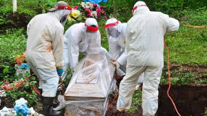 Hombre que fue al Rosales por una diálisis fue enterrado después con protocolo COVID-19