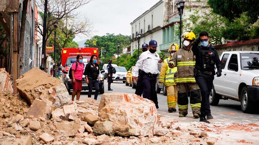 Al menos dos muertos por el fuerte terremoto de 7,5 en el sur de MÈxico