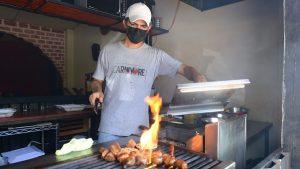 Restaurantes seguirán solo con servicio a domicilio y para llevar tras suspensión de fase 2