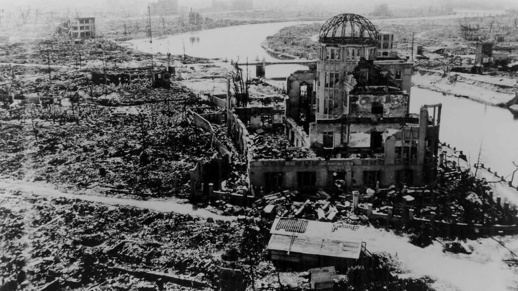 "70 ANIVERSARIO DE LA BOMBA AT""MICA DE HIROSHIMA"