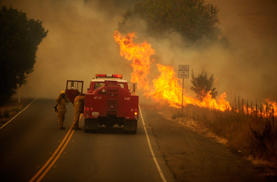 Hennessey Fire in Vacaville, California