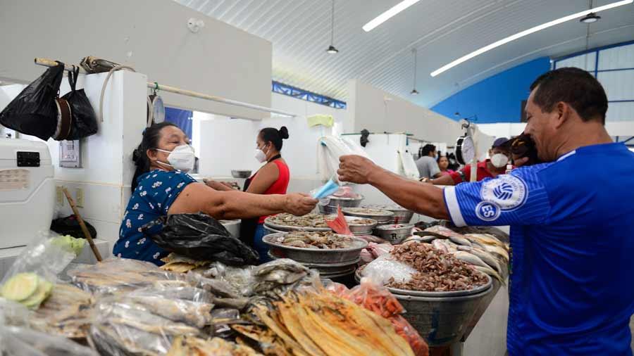 Puerto-comerciantes_