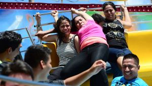 Adrenalina en El Tagadá: Imágenes para recordar el juego mecánico más popular de las fiestas agostinas