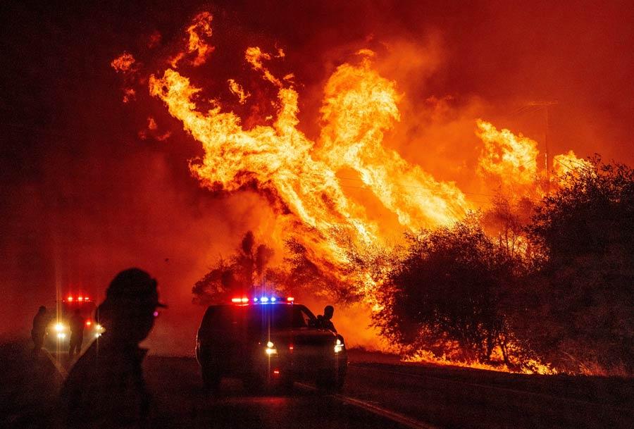 US-CALIFORNIA-FIRE