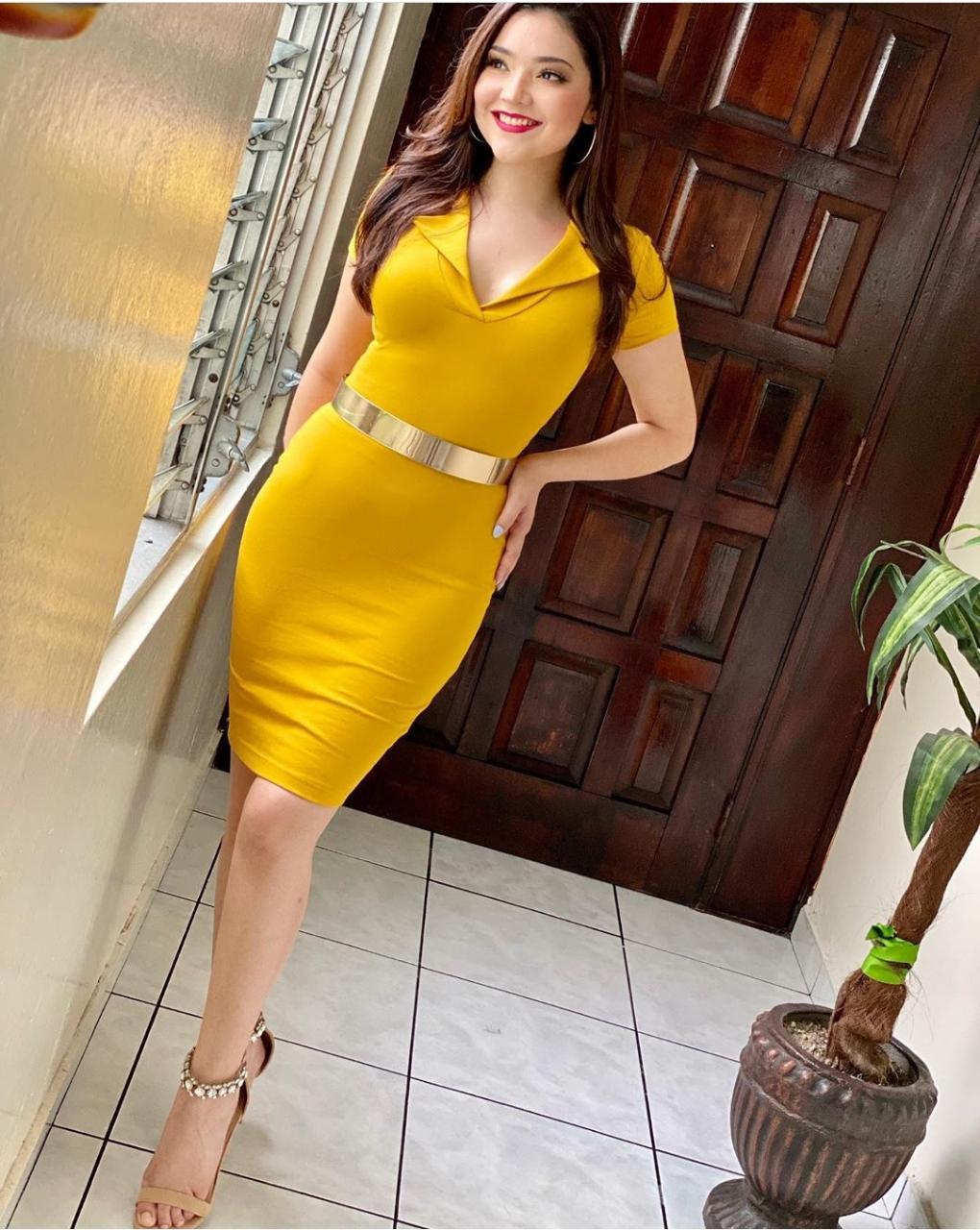 Web Famosas prendas amarillas01