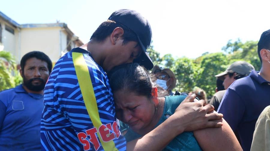 Nejapa deslave rescate soterrados_10