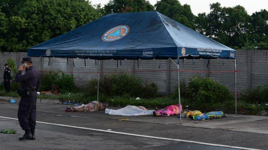 Nejapa deslave rescate soterrados_12
