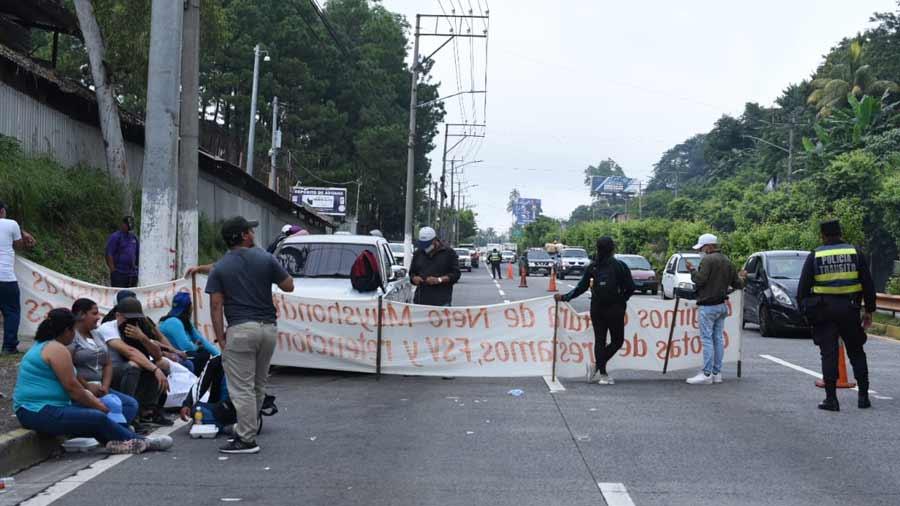 Protesta Astram autopista_01
