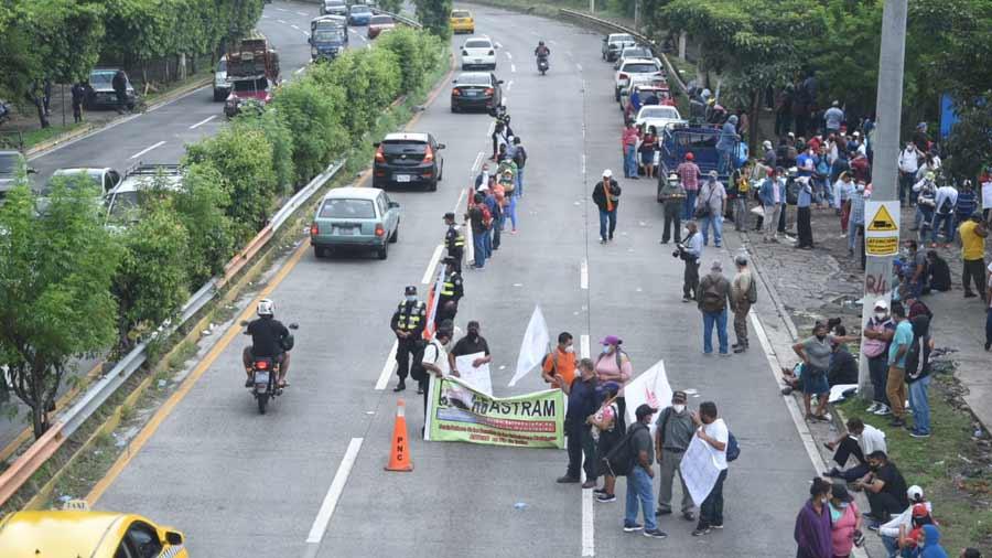 Protesta Astram autopista_03