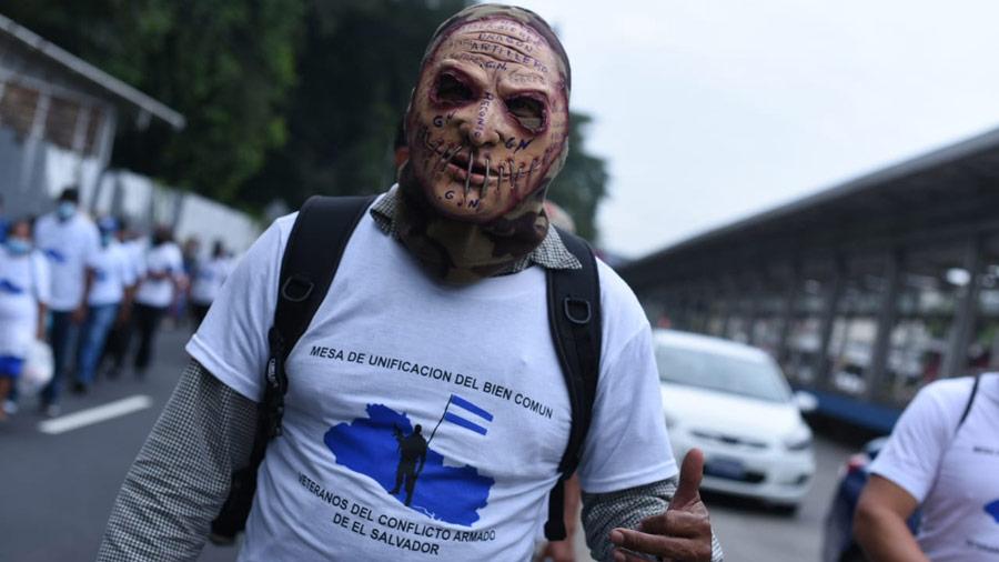 Protesta veteranos Asamblea_02