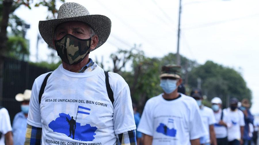 Protesta veteranos Asamblea_03