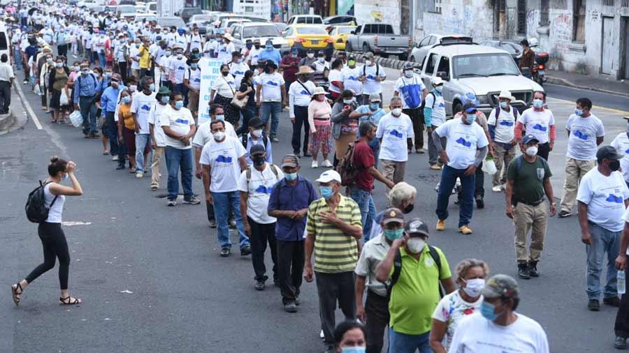 Protesta veteranos Asamblea_05