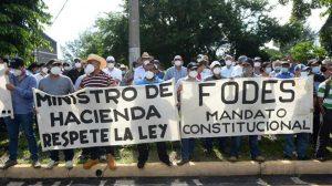 """""""El FODES le pertenece a las municipalidades por decreto ejecutivo"""", alcalde durante la protesta"""