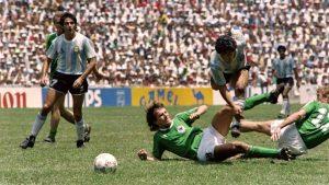 Imágenes de los momentos históricos en la vida deportiva de Maradona