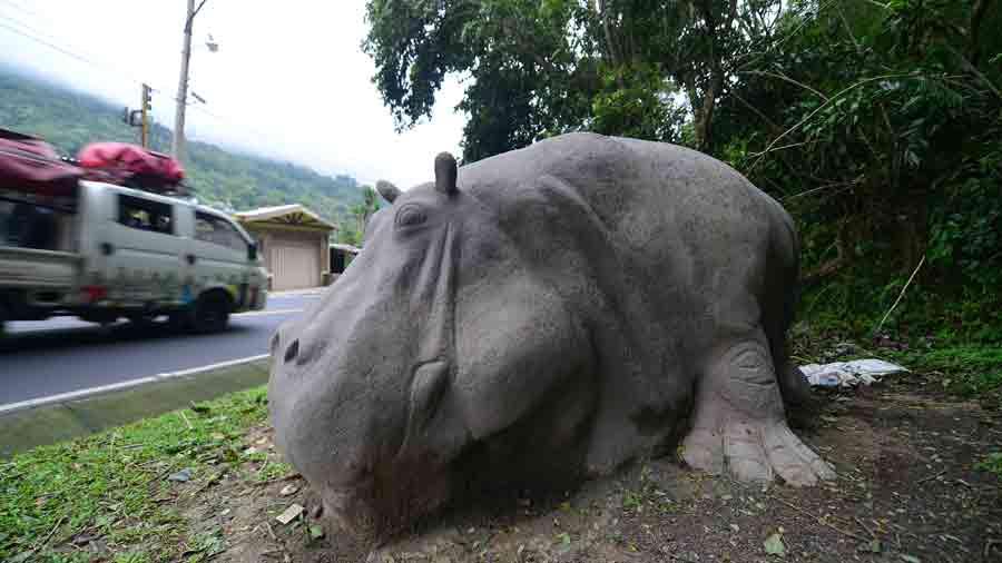 aFR-esculturas-de-animales064