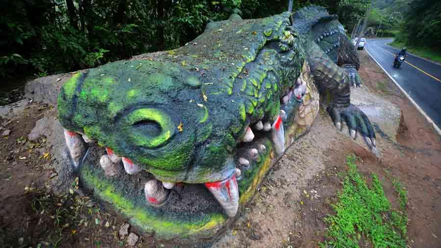 aFR-esculturas-de-animales074