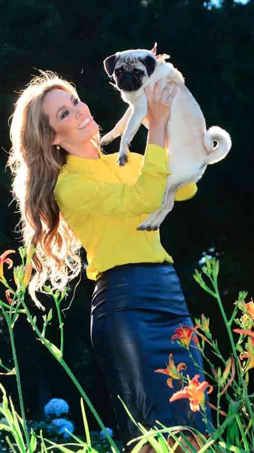 luciana-sandova-carrera-en-television12-2014