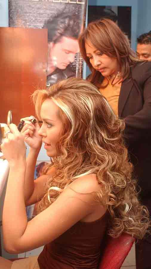 luciana-sandova-carrera-en-television6-2005