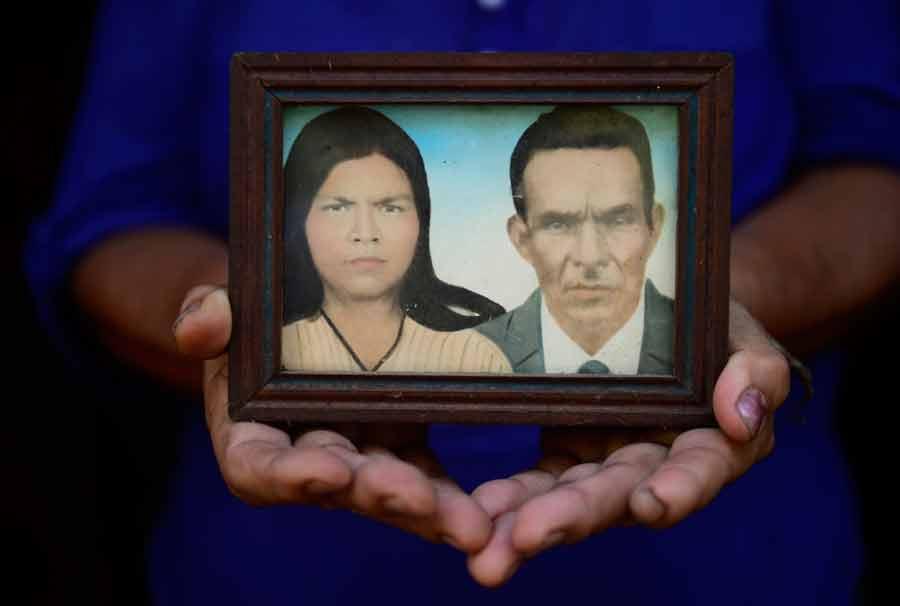 Rosario-Lopez------Objetos-masacre-el-mozote005-01