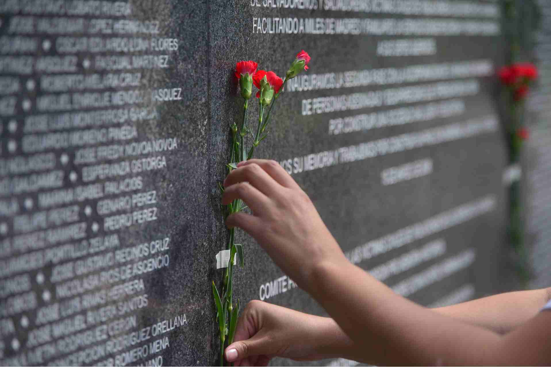 FR Conmemoración acuerdos de paz parque cuscatlan004