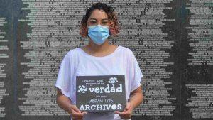 """Jóvenes salvadoreños durante la conmemoración de los acuerdos de paz expresaron, """"la sangre del pueblo no es una farsa"""""""