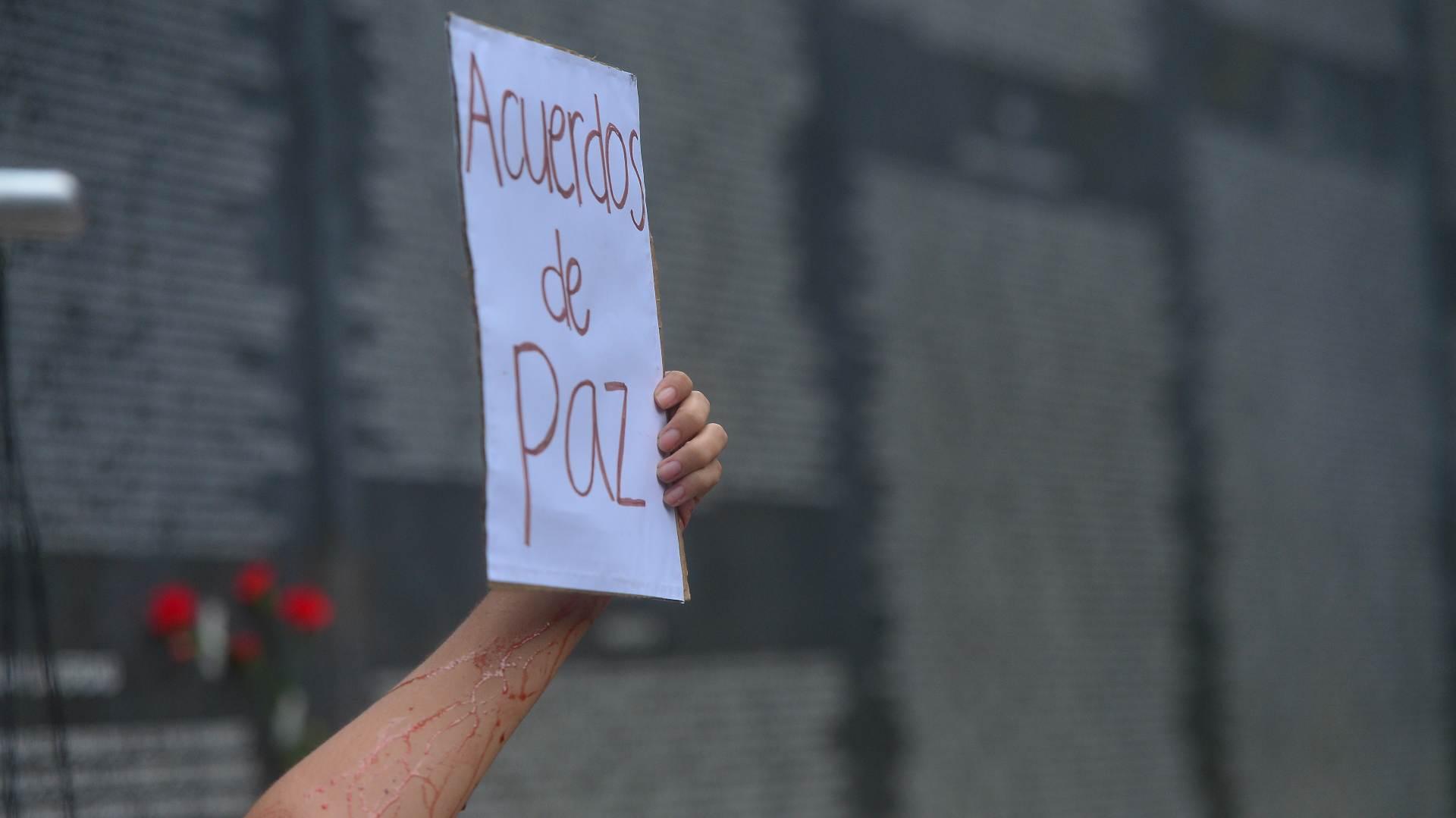 FR Conmemoración acuerdos de paz parque cuscatlan020