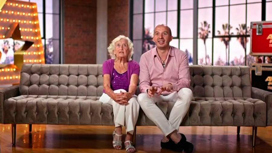 Sarah-Paddy-Jones-abuela-bailarina5