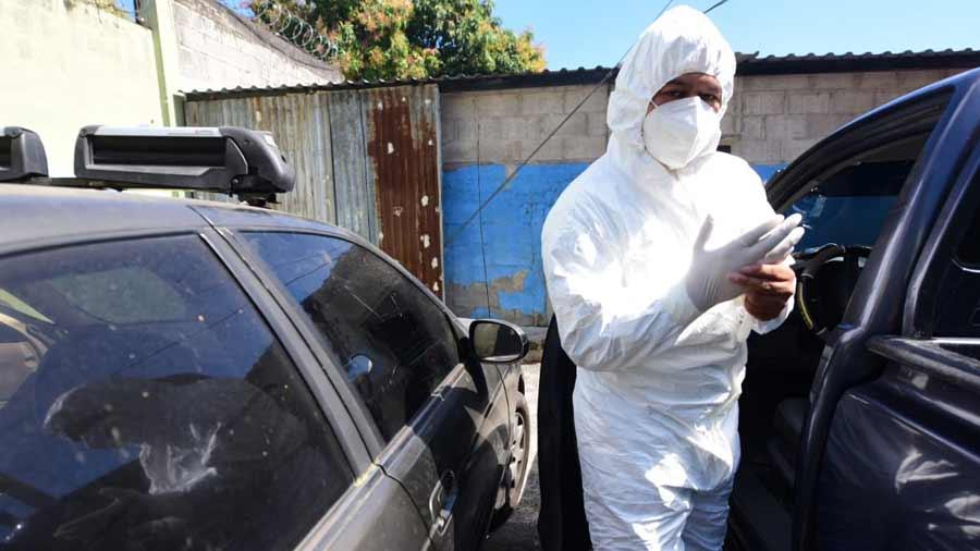 funerarios trabajando en pandemia_01