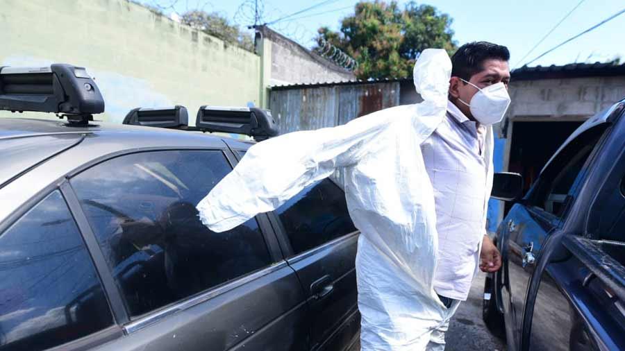 funerarios trabajando en pandemia_04