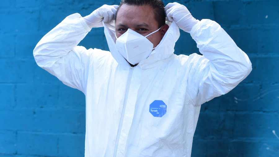 funerarios trabajando en pandemia_09