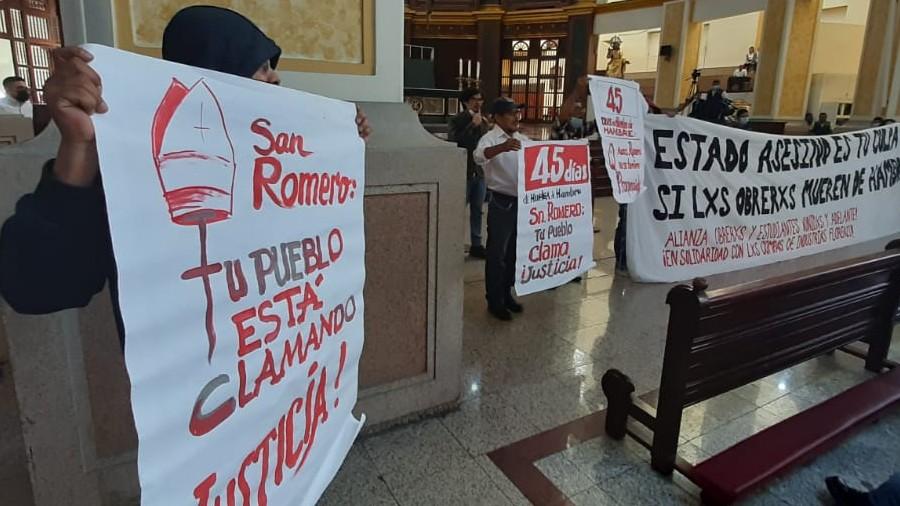 Protesta Catedral 01
