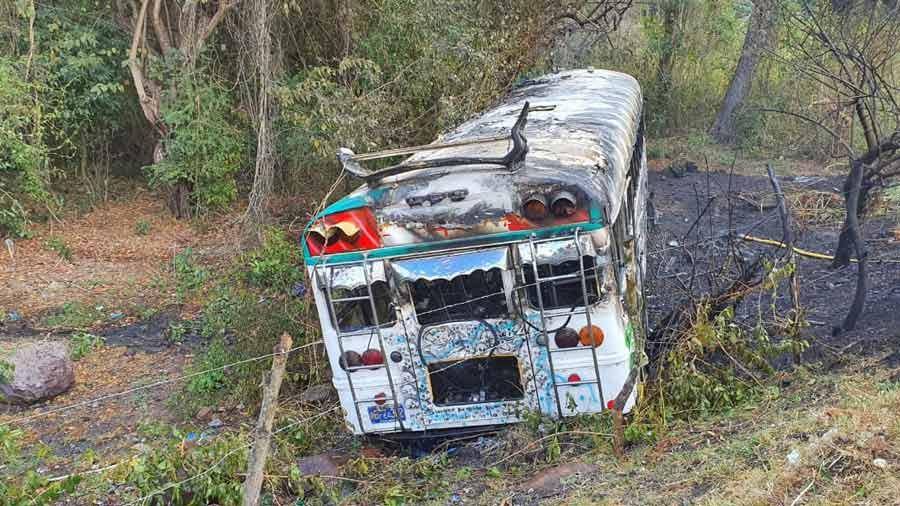 bus incendiado Troncal del Norte_05
