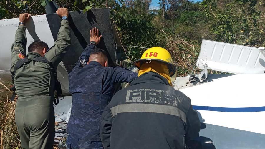 imagenes-del-accidente-aéreo-en-ilopagango002