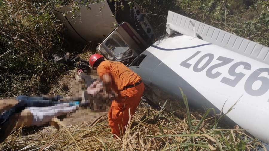 imagenes-del-accidente-aéreo-en-ilopagango003