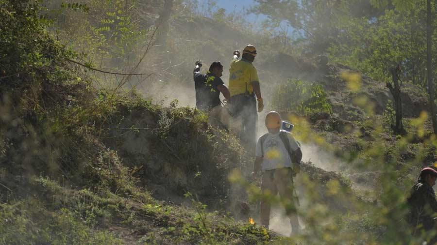 imagenes-del-accidente-aereo-en-ilopagango015