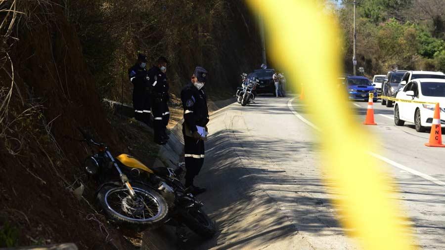 mujer-muere-en-accidente-de-motocicleta05